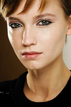 Milan F/W '11: Introducing the tear duct dip, plus 3 more new and fully sick ways to wear your eyeliner