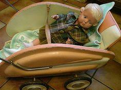 alter Puppenwagen mit Puppe (Willich) | kalaydo.de