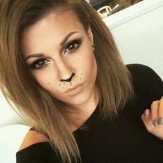 Leopard-Halloween-Make-up - Karneval - halloween schminke Lion Makeup, Bunny Makeup, Animal Makeup, Beauty Makeup, Easy Cat Makeup, Kitty Cat Makeup, Cat Face Makeup, Tiger Makeup, Wolf Makeup