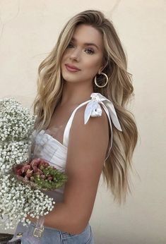 Types Of Aesthetics, Grunge Fashion, Short Hair Styles, Party Dress, Hair Accessories, Hairstyle, How To Get, Poses, Summer Dresses