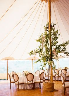 Ian & Amanda's Nantucket Island Wedding | Photography by Clayton Austin | Floral & Event Design by Soiree Floral (www.soireefloral.com) | Linens by La Tavola | Rentals by NECR | #soireefloral