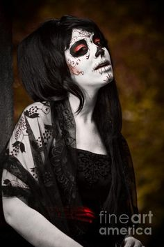 """Artist Krystel Ivannie, photographed in collaboration with photographer Fernando """"Ditto"""" Blanco."""