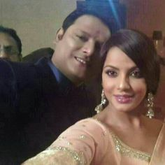 Neetu poses for a selfie with her brother! Check them out!  Get connected to Priyanka Chopra on follo App. To download, just give a miss-call on 07042137575   #NeetuChandra #Actress #Bollywood #Celebs #Selfie #Gossips