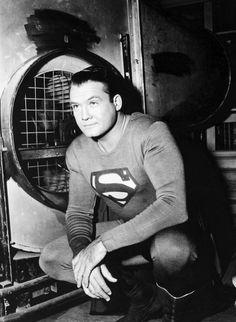 George Reeves Photo Print B&W As Superman Tv Superhero First Superman, Superman Family, Batman And Superman, Superman Stuff, Superman News, Action Comics 1, Dc Comics, Ben Affleck Movies, Comic Book Characters