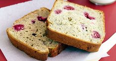 This gluten free banana and raspberry loaf is delicious enough for everyone to enjoy!