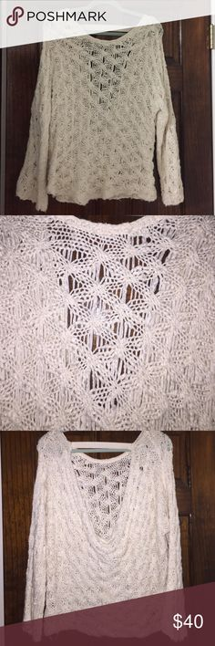 Free People intricate crochet dip back sweater Cream colored - Cowl back crochet sweater. Super cozy material!!! Cleaning out my closet for a move so make an offer!!!!!! Free People Sweaters Cowl & Turtlenecks