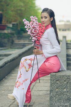 23874431421_a7cc9332c4_o | Áo Dài Lung Thị Linh | Flickr