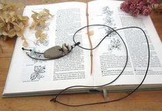 Poésie Urbaine : Collier unisexe avec pendentif amulette