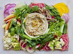 Farmers Market Crudite & Hummus from Lady & Larder in LA Hummus, Plateau Charcuterie, Charcuterie Board, Charcuterie Recipes, Gourmet Recipes, Healthy Recipes, Vegetarian Recipes, Appetizer Recipes, Healthy Eats