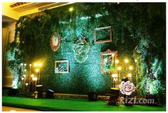 artificial hedges green wall: In a beautiful night, let us enjoy the the beautiful environment. You can see that artificial hedge panels are used to decorate the wall. Such decoration makes the wedding ceremony more attractive and charming.