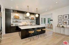 14755 Sutton St, Sherman Oaks, CA 91403 | Zillow