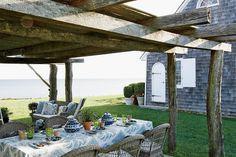 Beautiful ocean front shingled house in Montauk. Home of Designer Daniel Romualdez. Outdoor Pergola, Outdoor Rooms, Outdoor Dining, Outdoor Gardens, Outdoor Decor, Rustic Pergola, Outdoor Seating, Porches, Fresco