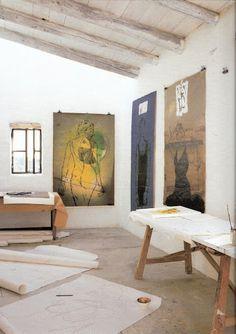 Linde Bialas    Art Studio