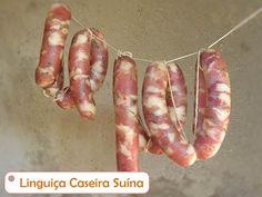 Aprenda a fazer Linguiça em casa, fácil, barato e com grande rendimento !!! A preparação é simples, a carne cortada em cubos e temperada, embutida na tripa!!!