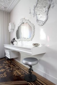 Apartment: Wall Mounted Classical White Dressing Table Also Cabinet Plus Silver Stools And Big Artistic Mirror Design Ideas: Highly Details Providing Monumentality: Amsterdam Residence Wall Mounted Dressing Table, Gouts Et Couleurs, Deco Baroque, White Dressing Tables, Mirror House, White Mirror, Room Closet, White Walls, Decoration