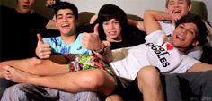 Gifs da One Direction para vocês. #diversos Diversos #amreading #books #wattpad