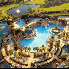 Marriott World Center in Orlando - we cannot wait to dip into this pool and hang out with our Stella & Dot Stylists in July!