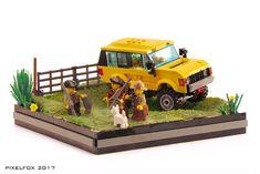 Lego Van, Range Rover Classic, Lego Design, Legos, Lego Memes, Lego Truck, Classic Lego, Lego Pictures, Amazing Lego Creations