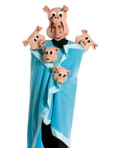 Top 10 Food Pun Halloween Costumes - pigs in a blanket