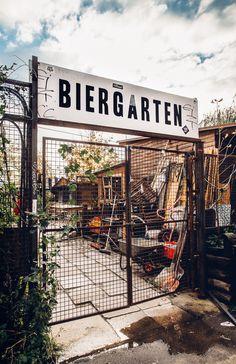****ღღ Berlin Beer Garden