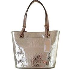 a342dc751a1 Michael Kors Jet Set Mirror Medium Shoulder Handbag Purse Pale Gold  Metallic Tote 30% off retail