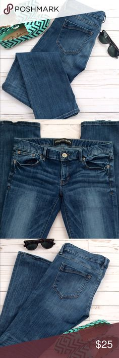 Express Barely Boot Low Rise Jeans These jeans will go with almost anything in your closet! In great condition! They are a barely boot, low Rise, size 8 Regular! Made of 75% Cotton, 24% Polyester, and 1% Spandex! Get it while it's hot! 👖🔥 Express Jeans Boot Cut