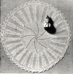 Vntage Knitting Pattern Instructions for a Babies Circular Shawl 50  Diameter