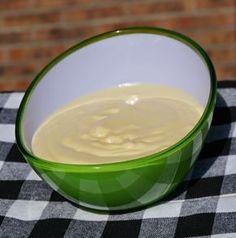 Salsa de ajo para sandwich cubano o patatas ~ Pasteles de colores                                                                                                                                                                                 Más