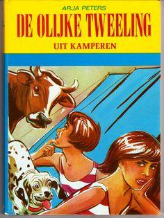 De OLIJKE TWEELING uit kamperen, met hond spikkel  Hoe oud was ik? Eén van de eerste 'eigen' boeken.