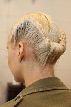 Creative Hairstyles, Cool Hairstyles, Runway Hair, Catwalk Hair, Natural Hair Styles, Short Hair Styles, Hair Arrange, Editorial Hair, Fantasy Hair