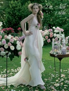 garden wedding dress so pretty and unique Colored Wedding