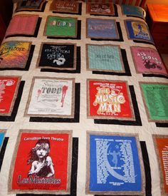 Drop Shadow T-shirt quilt. I didn't think of doing this with T-shirts. Quilting Projects, Quilting Designs, Sewing Projects, Quilting Ideas, Crazy Quilting, Sewing Ideas, Arts And Crafts For Teens, Art And Craft Videos, Photo Quilts