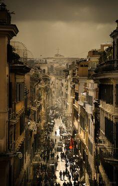 """""""Roma, Via Condotti"""" by Jens Lunecke"""