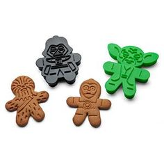 These officially-licensed Star Wars Gingerbread Cookie Cutters is sure to provide some smiles for your holiday party or cookie swap. This set of 6 comes with with Darth Vader, Boba Fett, Chewbacca, Yoda, C-3PO, and a Stormtrooper.