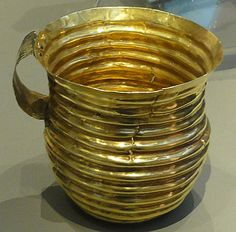Rillaton Cup. Rillaton, Cornwall. Early Bronze Age, perhaps c. 1700 BC. It has been suggested that the cup shows anAegeanstyle and resembles similar finds from theGreeksite ofMycenae, suggesting cultural and trading links with the EasternMediterranean.