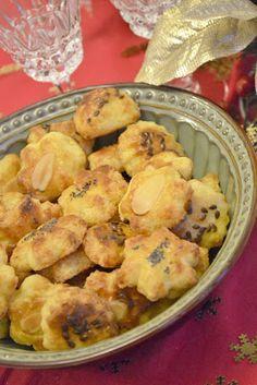 Slovak Recipes, Cheese Snacks, Potato Salad, Cauliflower, Potatoes, Treats, Vegetables, Cooking, Ethnic Recipes