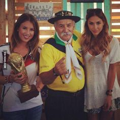 I don't think he is sad anymore #soccerjoke #sepakbola #worldcup