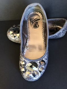 1d917adf07e3 Girls Size 12 Silver Glitter Flats The Childrens Place  fashion  clothing   shoes