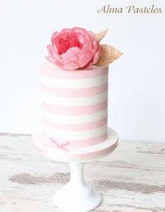 Small cake with sugar peony