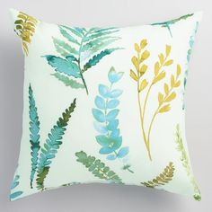 Featuring a variety of cool-hued ferns against a natural background, our fashionable throw pillow brings a breath of fresh air to outdoor spaces. Outdoor Chair Cushions, Outdoor Throw Pillows, Accent Pillows, Outdoor Chairs, Outdoor Decor, Neutral Outdoor Furniture, Santa Margarita, Backyard Paradise, Natural Background