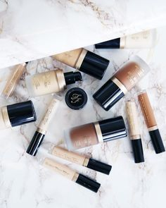 10 Best High End Makeup Brands Worth Your Money - 2019 Kiss Makeup, Makeup Art, Beauty Makeup, Makeup Inspo, Makeup Inspiration, Fashion Inspiration, Makeup You Need, Minimal Makeup, Makeup Brands