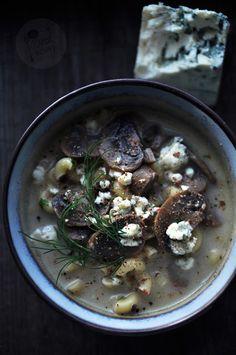 Kardamonovy: Zupa pieczarkowa z serem pleśniowym