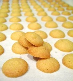 Better than Nilla Wafers: Homemade Mini Vanilla Wafer Cookies | Baking Bites  #vanilla #cookies #fromscratch