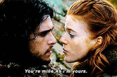 Game of Thrones stars Kit Harington and Rose Leslie are engaged. See how they shared the news. Rose Leslie, Jon Snow E Ygritte, Jon Snow Gif, Kit Harington, Best Couples Costumes, Couple Halloween Costumes, Tv Couples, Game Of Thrones, Emilia Clarke