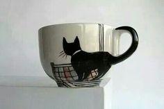 Taza pintada con gatito. Cola como asa. Idea!