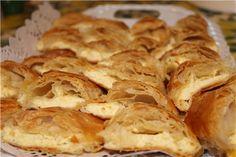 """COOKING WITH ANISOARA: O MASA FESTIVA DE SARBATOAREA """"HRAMUL SATULUI """" Snack Recipes, Snacks, Chips, Bread, Cooking, Food, Festivus, Snack Mix Recipes, Kitchen"""