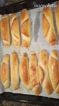 Hot Dog Buns, Hamburger, Food And Drink, Yummy Food, Healthy Recipes, Baking, Eat, Hampers, Breads
