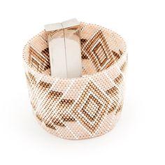Au bras de Maden! #manchette #bracelet #artisticbracelet #handmade #cuff