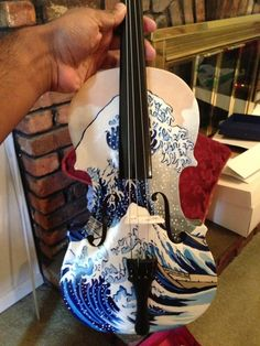 Painted violin The Wave