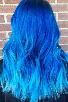 Nouvelle Tendance Coiffures Pour Femme  2017 / 2018   21 Chic et sexy Blue Hair Styles pour un Brave New Look Les cheveux bleus sont super sexy